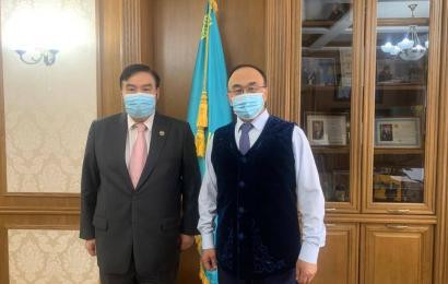 The Chairman of the Board of N. Nazarbayev Center met with the Rector of the Eurasian National University named after L.N. Gumilyov